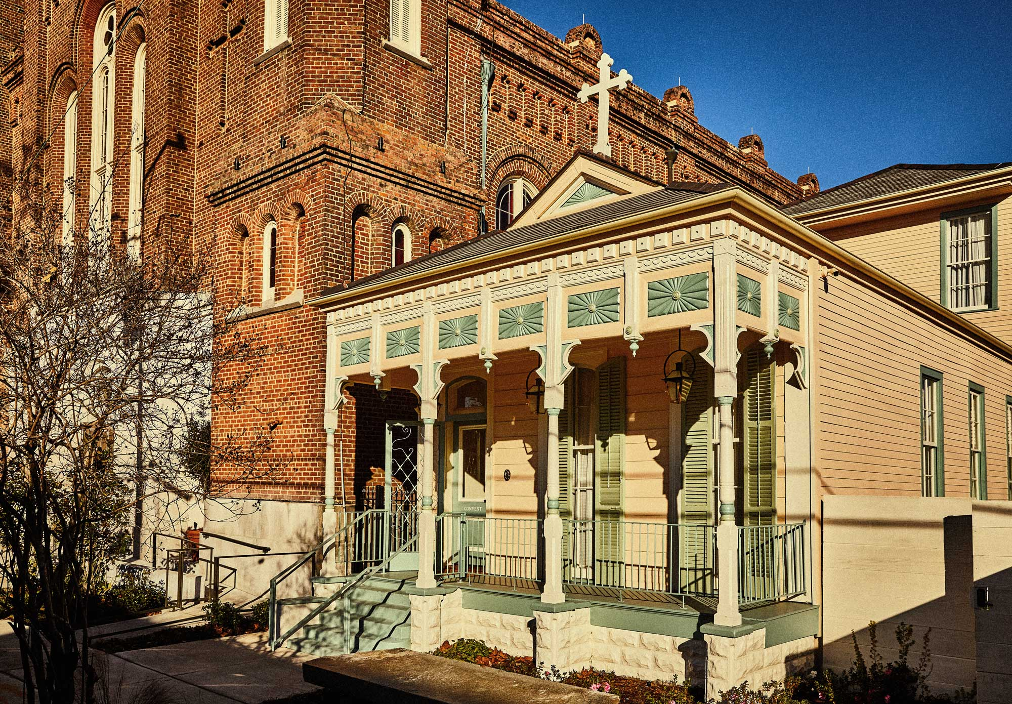 20-CH_Peter_And_Paul_New_Orleans_Convent_Exterior.jpg